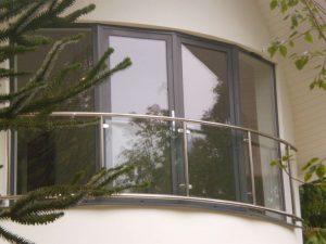 Balcony Fitter in Poole